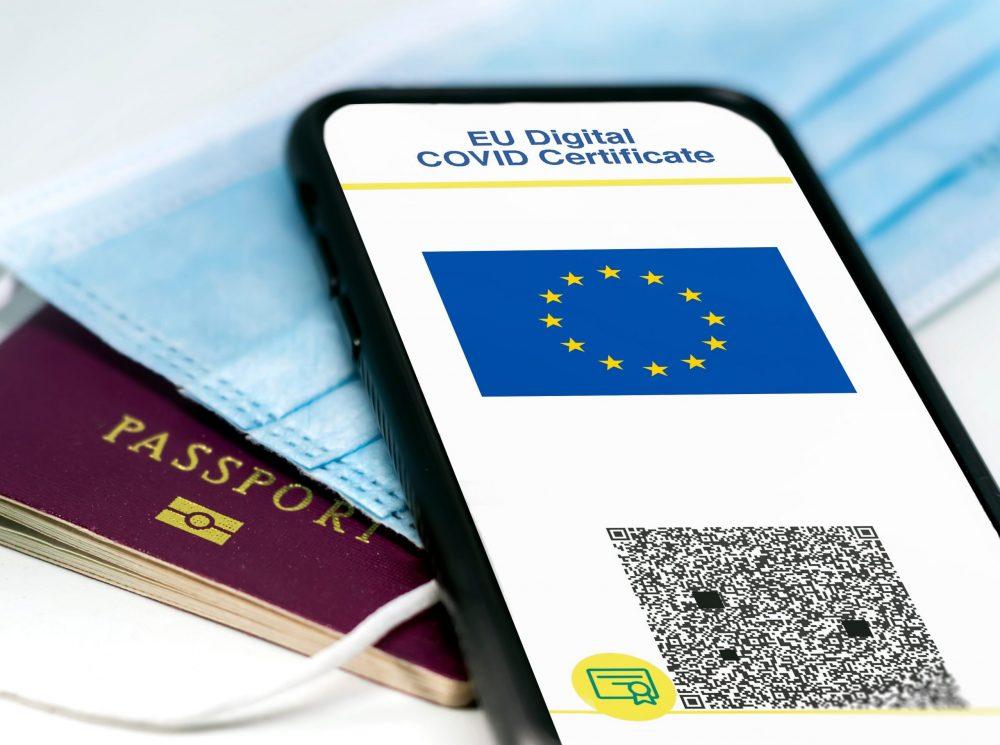 بدء العمل بجواز سفر لقاح كورونا للاتحاد الأوروبي