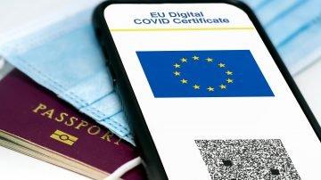 EU vaccine passport debuts
